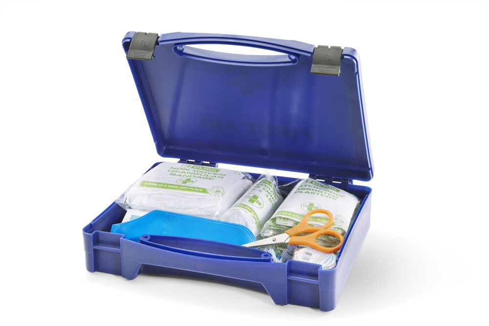 Cm0300 kitchen catering first aid kit beeswift for First aid kits for restaurant kitchens